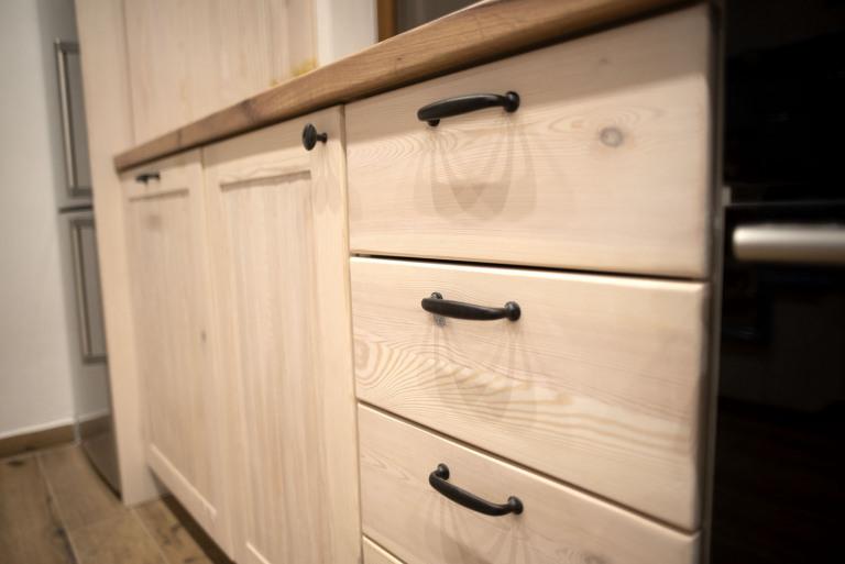Detail-na-zasuvky-kuchyne