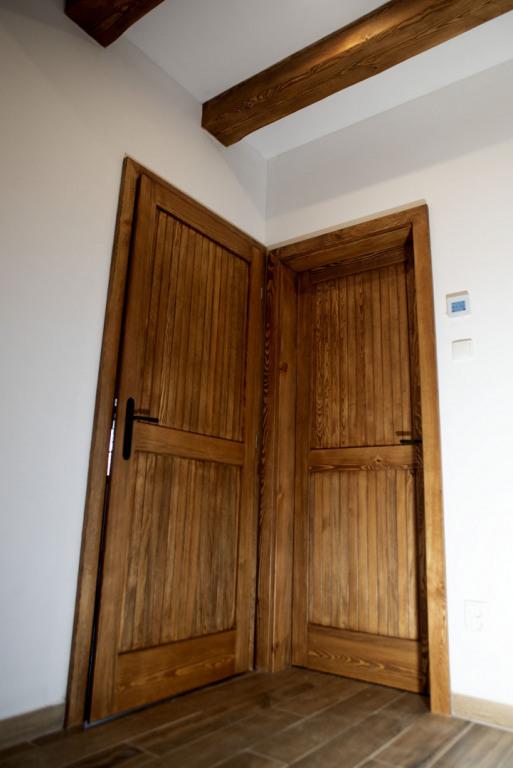 Dvere-ve-spodnim-patre-8-9